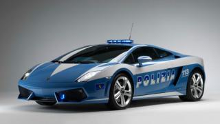 Италианската полиция получи новото Lamborghini Gallardo LP560-4 (галерия)