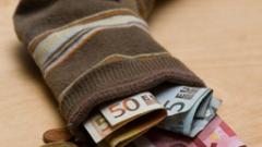 Българите да помислят повече за личните си финанси, съветва експерт