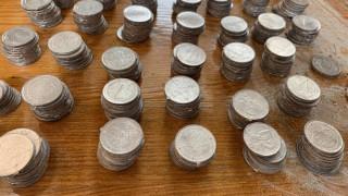 Задържаха фалшиви монети, оръжия и боеприпаси при спецакция в Русенско