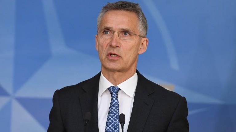 Генералният секретар на НАТО Йенс Столтенберг призова КНДР да покаже