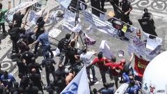 Сблъсъци на протест срещу строгите икономии в Бразилия