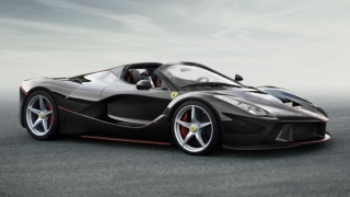 Ferrari резна покрива на LaFerrari