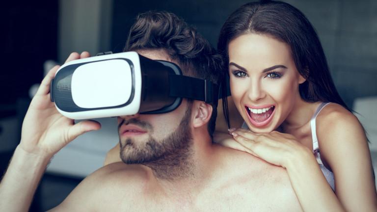 Секс с VR очила и още палави лудории