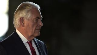 Тилърсън ще присъства на среща на НАТО