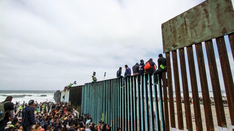 Близо 200 мигранти от Централна Америка, придвижили се на север