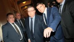 Цацаров не е вълшебник, но е готов за битката с корупцията