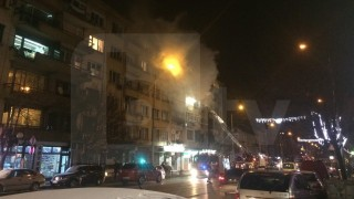 "Пожар избухна в апартамент на бул. ""Мадрид"" в София"
