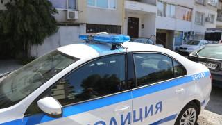 """Полицията все още преговаря с опасния мъж от """"Овча купел"""""""