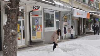 Над 1000 глоби за непочистени тротоари в София