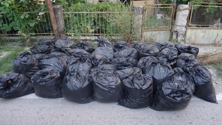 Видински полицаи задържаха 380 кг нелегален тютюн в Димово, съобщават