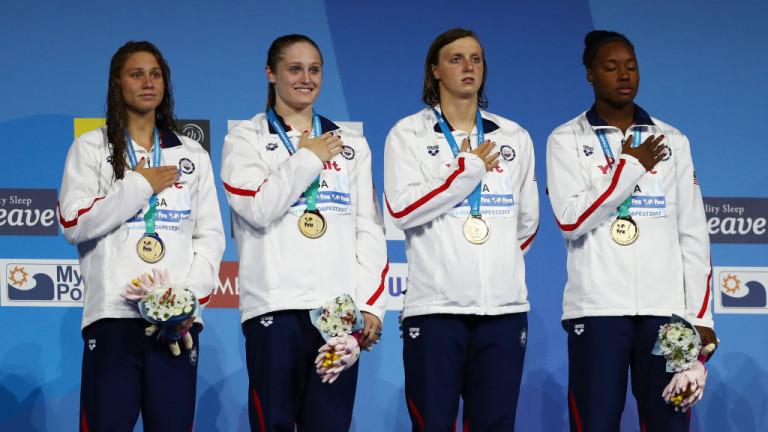 Плувкините на САЩ взеха реванш за загубата си на Олимпиадата