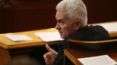 Защо да свалям парламент, в който съм коректив, пита Сидеров