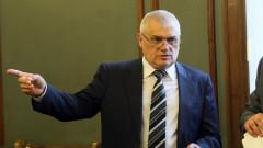 Синдикатите на МВР канят министър Валентин Радев на среща