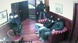Шокиращо видео от ареста на Тенчо Попов
