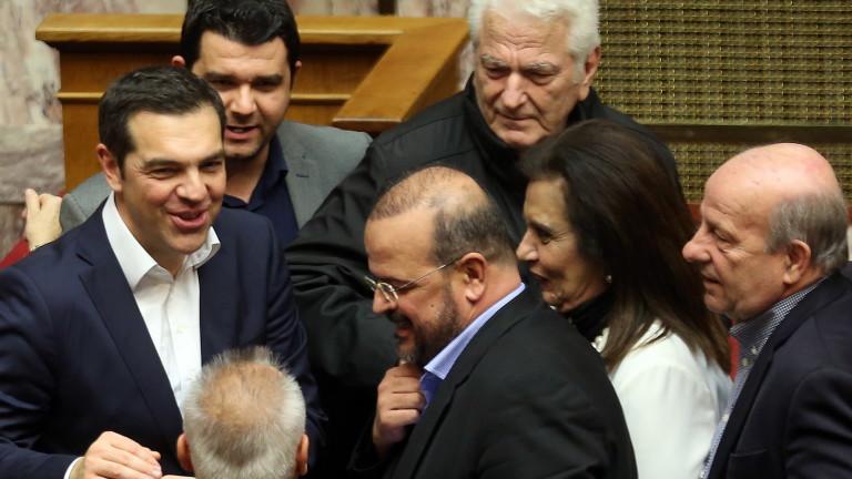 Първия следкризисен бюджет на Гърция бе гласуван тази нощ от