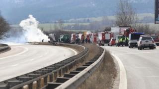 Катастрофа затвори пътя Созопол-Бургас