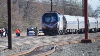 Влак катастрофира в багер край Филаделфия