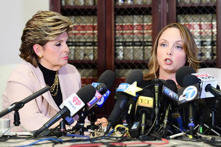Пресконференция на Лусия и адвокатката й