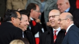 Глейзър пускат милиони акции на Юнайтед на борсата
