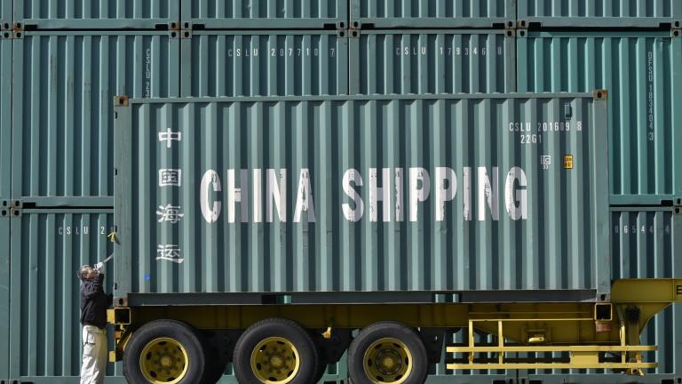 Китайското производство достигна 17-годишно дъно през август