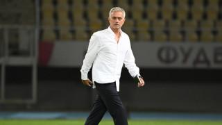Жозе Моуриньо налага нови правила в Рома