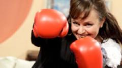 Мариана Векилска заголи бедър в ефир