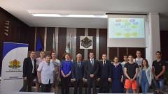 Зам.-министър Павлов обсъди с младите хора на Сливен Национална стратегия за младежта (2020-2030) #ЗаЕдно