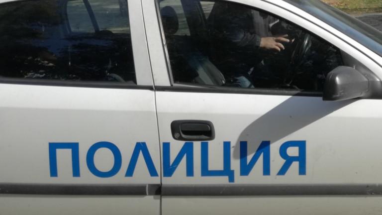 Двама полицаи пострадаха при катастрофа в Шумен