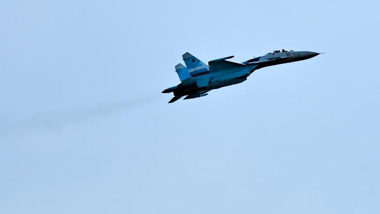 Русия вдигна Су-27 срещу бомбардировачи на САЩ над Балтийско море