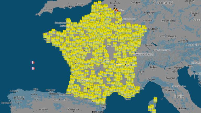 Протестиращите се заканват да блокират цяла Франция
