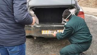 """Задържаха столичанин с 40 000 контрабандни цигари на ГКПП """"Маказа"""""""