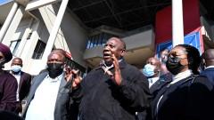 Вече най-малко 117 загинали при размириците в Южна Африка