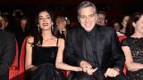 Джордж Клуни и Амал откриха фестивала в Берлин (СНИМКИ)