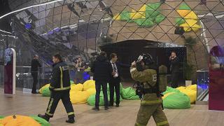 Медведев евакуиран след наподобяващи експлозии силни звуци на форум в Москва