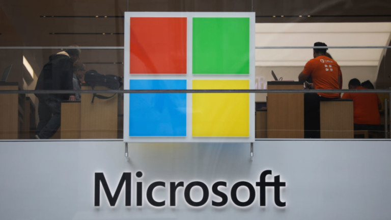 Microsoft отстъпи от ограниченията на Тръмп за търговия с Huawei