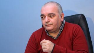 """Пиар експерт зове Борисов да напусне ГЕРБ, за да се """"отпушат процесите"""""""