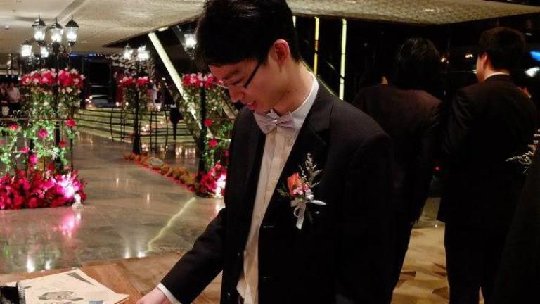 Снимка: Собственикът на най-голямата агенция за недвижими имоти в Хонконг лишава сина си от дом и $400 милиона