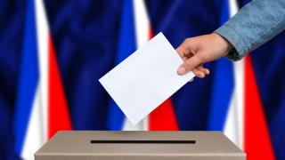 Франция избира новия си президент