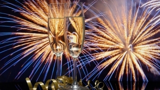 Какво повелява традицията за Нова година?