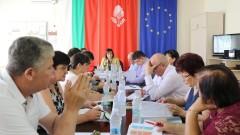 """Нинова превръща """"Визия за България"""" във """"Визия за всяка община"""""""