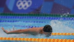 Страхотен Йосиф Миладинов победи идола си и се класира на полуфинал на 100 метра бътерфлай в Токио
