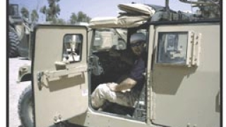Наградиха наши военни в Кабул