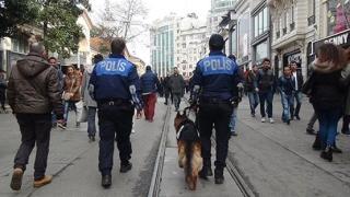 "Отцепиха площад ""Таксим"" в Истанбул заради подозрителна чанта"
