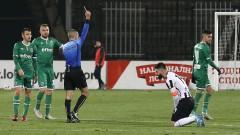 Вратар закопа Локомотив срещу Лудогорец, съдиите удариха здраво рамо на шампионите!