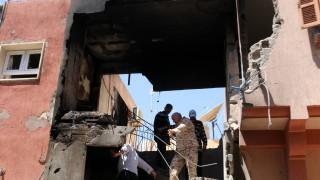400 са жертвите на боевете в Триполи