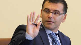 Симеон Дянков: Може да забавим разходите във военната сфера