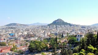 Гърция излиза от спасителната програма, но кризите в Европа не са свършили