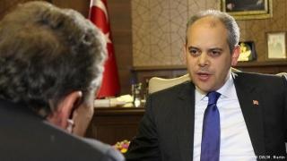Скандално: В Анкара конфискуваха интервю на Дойче веле с турски министър