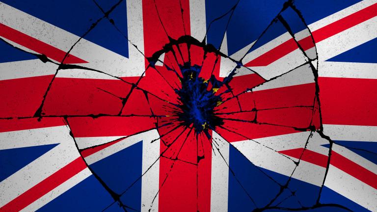 ЕП гласува за раздялата с Великобритания