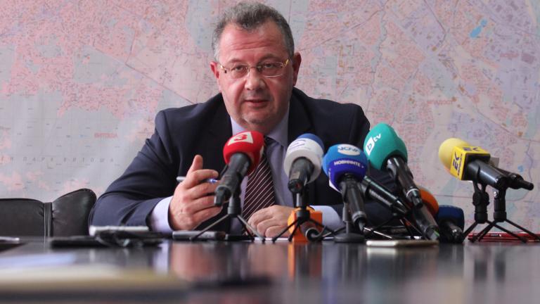 Бившият областен на София спокоен - спорът се пренася в съда